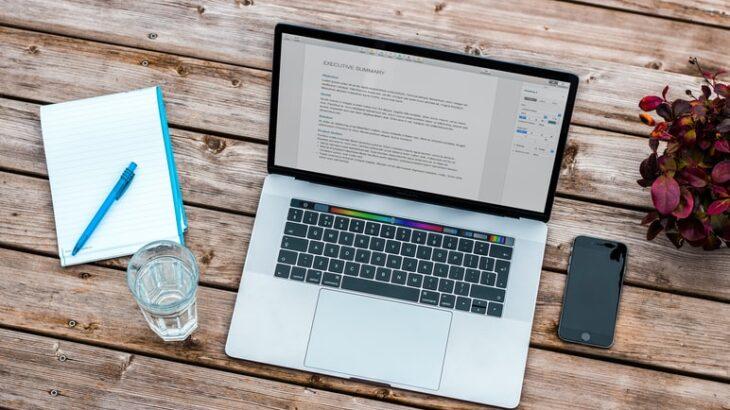 Webライターが買うべきおすすめのパソコンはどれ?初心者向けや高性能パソコンの紹介